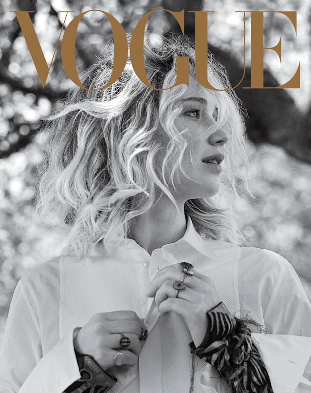 Jennifer Lawrence wearing a Dior shirt and rings with a Eli Halili engraved ring. (Photo: Bruce Weber for Vogue)