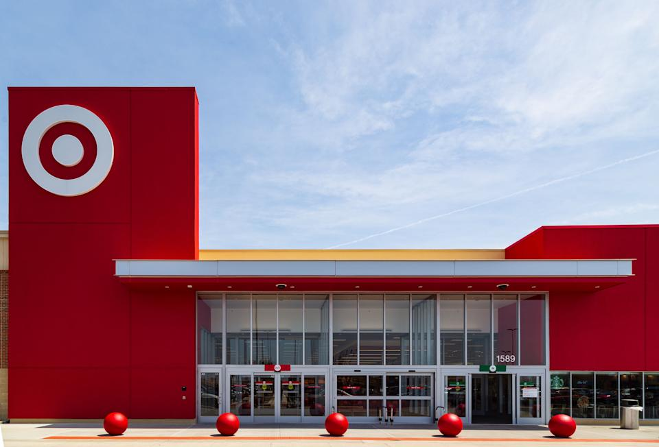 """Target's """"Deal Days"""" is a good Prime Day alternative for folks who want to spend their cash somewhere other than Amazon. Here's what you need to know. (Photo: gsheldon via Getty Images)"""