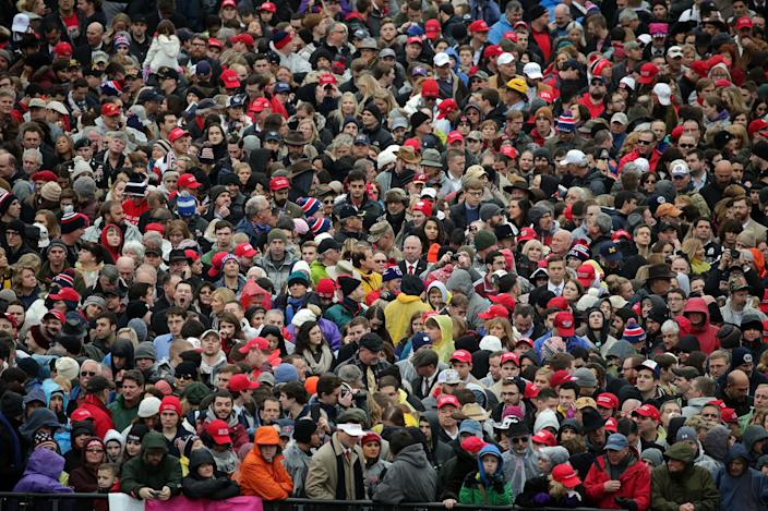 <p>Supporters gather in front of the U.S. Capitol on January 20, 2017 in Washington, DC. (Photo: Chip Somodevilla/Getty Images) </p>
