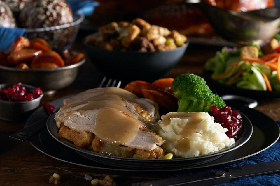 """<p>Black Angus Steakhouse will offer a Thanksgiving Turkey Dinner available for restaurant dining that includes your choice of soup or garden salad with warm molasses bread, roasted turkey, mashed potatoes with gravy, sage dressing, sweet potato, steamed broccoli, fresh cranberry sauce and pumpkin pie for $23.99 per adult and $10.99 per child.</p> <p>Additionally, the chain will offer a Turkey Package Family Meals to-go option that includes roasted turkey, mashed potatoes, gravy, <a href=""""https://www.thedailymeal.com/recipes/sage-stuffing-recipe-0?referrer=yahoo&category=beauty_food&include_utm=1&utm_medium=referral&utm_source=yahoo&utm_campaign=feed"""" rel=""""nofollow noopener"""" target=""""_blank"""" data-ylk=""""slk:sage dressing"""" class=""""link rapid-noclick-resp"""">sage dressing</a>, sweet potatoes, fresh broccoli with garlic butter, garden salad, fresh cranberry sauce, molasses bread and pumpkin pie. Feed up to four people for $95.95, eight people for $191.95 or <a href=""""https://www.thedailymeal.com/holidays/people-you-sit-next-to-at-thanksgiving-gallery?referrer=yahoo&category=beauty_food&include_utm=1&utm_medium=referral&utm_source=yahoo&utm_campaign=feed"""" rel=""""nofollow noopener"""" target=""""_blank"""" data-ylk=""""slk:12 people"""" class=""""link rapid-noclick-resp"""">12 people</a> for $287.85. There is an additional prime rib option that serves 12 to 14 people. It costs $279.95 a la carte or $440.95 with all the fixings.<br><br>Black Angus will also be offering a full selection of whole desserts for takeout, featuring pumpkin pie (serves 8, $23.95); Big Mountain Fudge Cake (serves 15, $99.95); New York-style cheesecake (serves 12, $59.95); Sky-High Mud Pie (serves 10, $49.95); <a href=""""https://www.thedailymeal.com/recipes/carrot-cake-poke-cake-recipe?referrer=yahoo&category=beauty_food&include_utm=1&utm_medium=referral&utm_source=yahoo&utm_campaign=feed"""" rel=""""nofollow noopener"""" target=""""_blank"""" data-ylk=""""slk:spiced carrot cake"""" class=""""link rapid-noclick-resp"""">spiced carrot cake</a> (serves 12, """