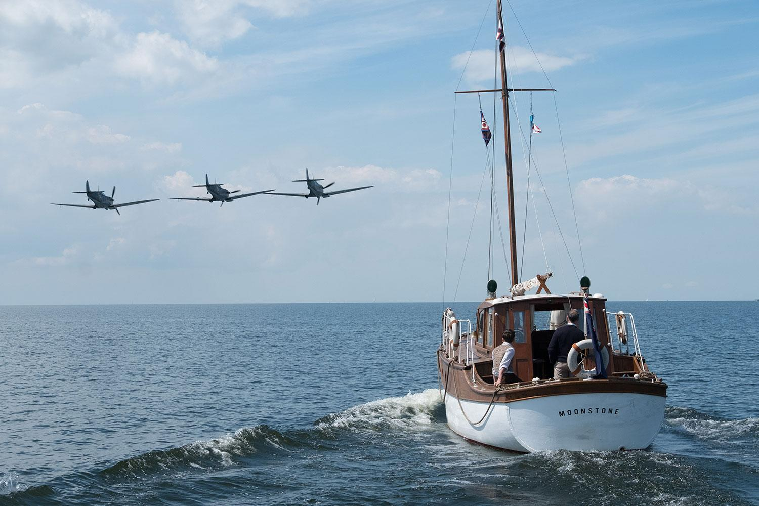 Christopher Nolan sourced real boats, planes, and vehicles for 'Dunkirk' (WB)