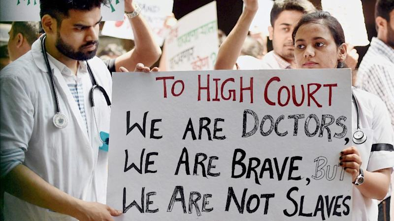 Maharashtra Doctors Call Off Strike After CM Fadnavis' Assurance
