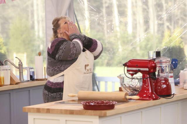 """Contestant Francine Bryson prays for a perfect bake during a timed challenge in the new reality series """"The American Baking Competition,"""" premiering Wednesday, May 29 (8:00-9:00 PM, ET/PT) on CBS."""