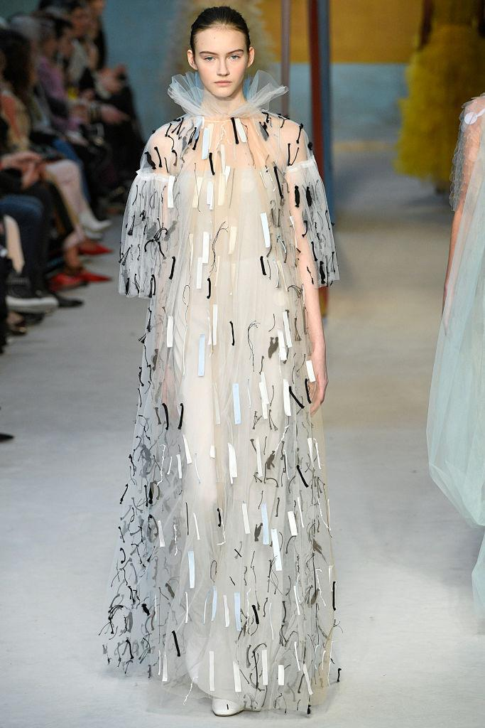 <p>An embellished tulle gown at the Roksanda FW18 show. (Photo: Getty) </p>
