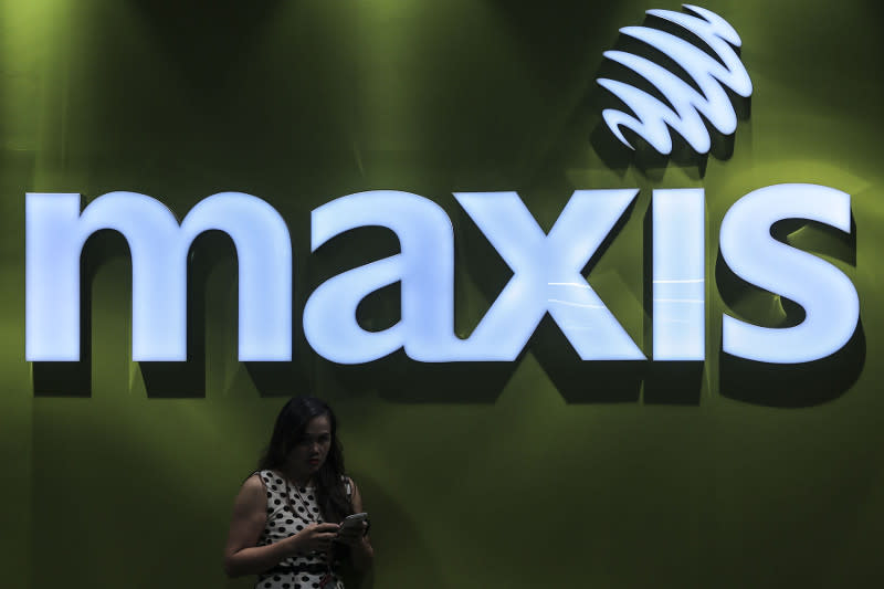Maxis Berhad has reported an increase of profit-after-tax (PAT) by 4.7 per cent. — Picture by Yusof Mat Isa