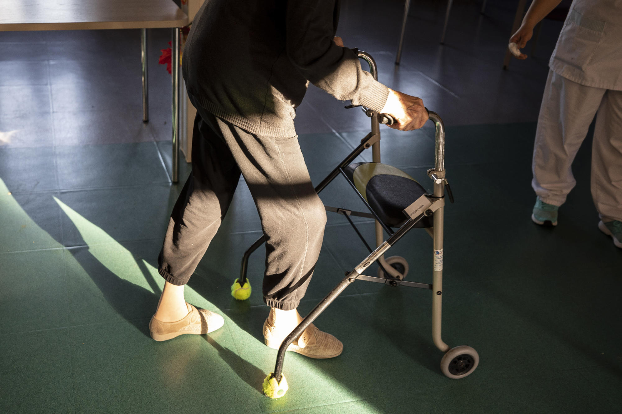 Aid group helping French nursing homes as virus deaths jump