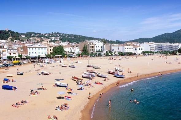 British couple robbed and 'forced to play Russian Roulette' in Spain