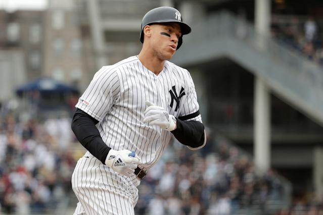 "<a class=""link rapid-noclick-resp"" href=""/mlb/players/9877/"" data-ylk=""slk:Aaron Judge"">Aaron Judge</a> is the latest <a class=""link rapid-noclick-resp"" href=""/mlb/teams/ny-yankees/"" data-ylk=""slk:Yankees"">Yankees</a> player to leave a game in pain. (AP Photo/Julio Cortez)"