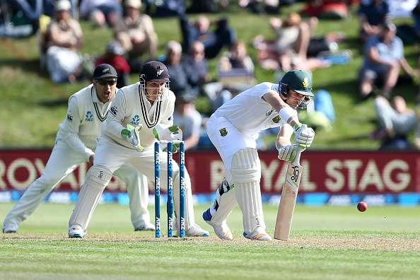 DUNEDIN, NEW ZEALAND - MARCH 08: Dean Elgar of South Africa bats during day one of the First Test match between New Zealand and South Africa at University Oval on March 8, 2017 in Dunedin, New Zealand. (Photo by Dianne Manson/Getty Images)