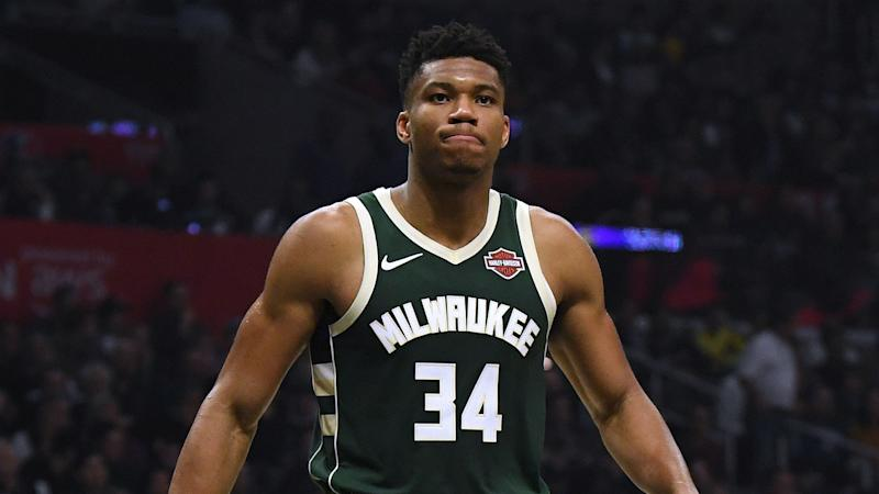 Giannis' Bucks roll on, Lakers stay hot without LeBron & Davis