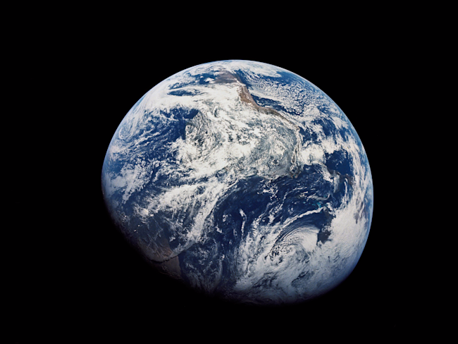 apollo 8 earth blue marble nasa