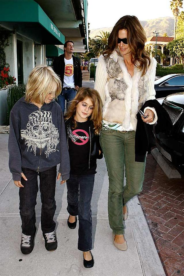 "It looks like Cindy Crawford's daughter Kaya (with son Presley) may have aspirations to follow in her mom's footsteps and become a supermodel herself one day. AlphaX/<a href=""http://www.x17online.com"" target=""new"">X17 Online</a> - April 21, 2008"