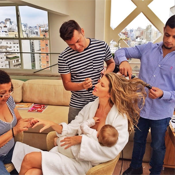 <p>Gisele Bunchen's multi-tasking breastfeeding photo is perhaps the most famous of the lot. And pretty hard to beat (although Emmy Rossum did try). <i>[Gisele Bundchen/Instagram]</i> </p>