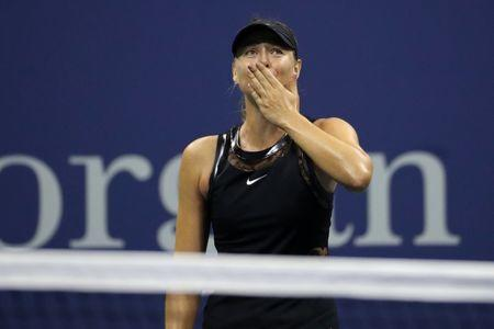 Sharapova tops No. 2 Halep at US Open