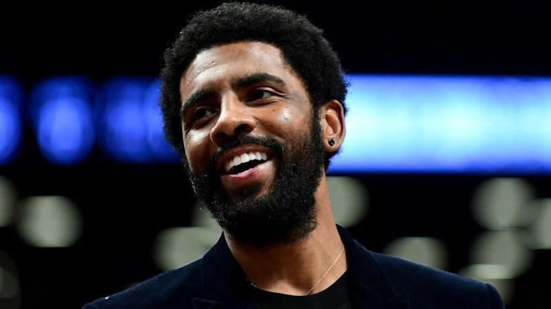 Kyrie Irving says he considered surgery for injured shoulder