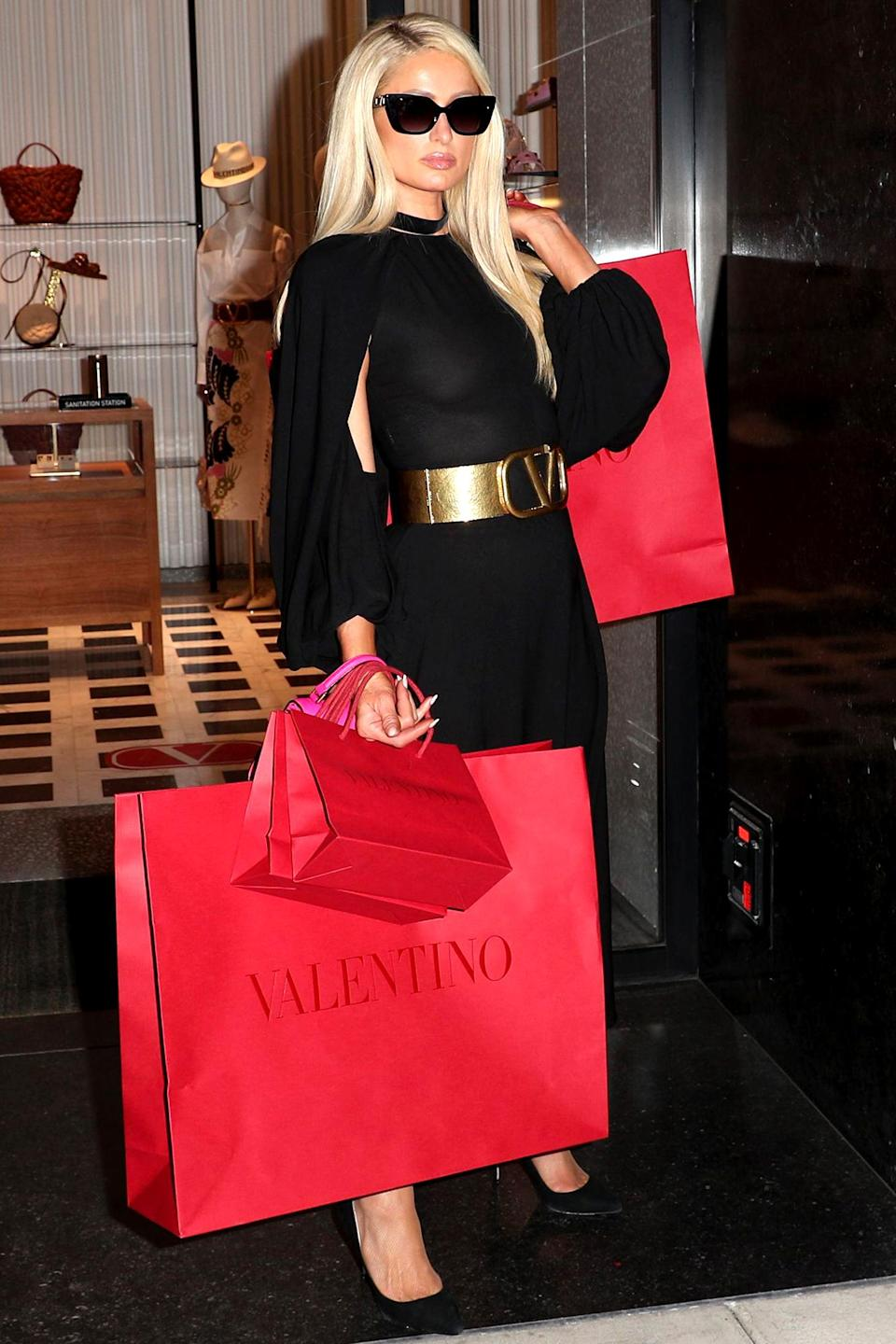 <p>Paris Hilton was spotted shopping at Valentino in Beverly Hills, California.</p>