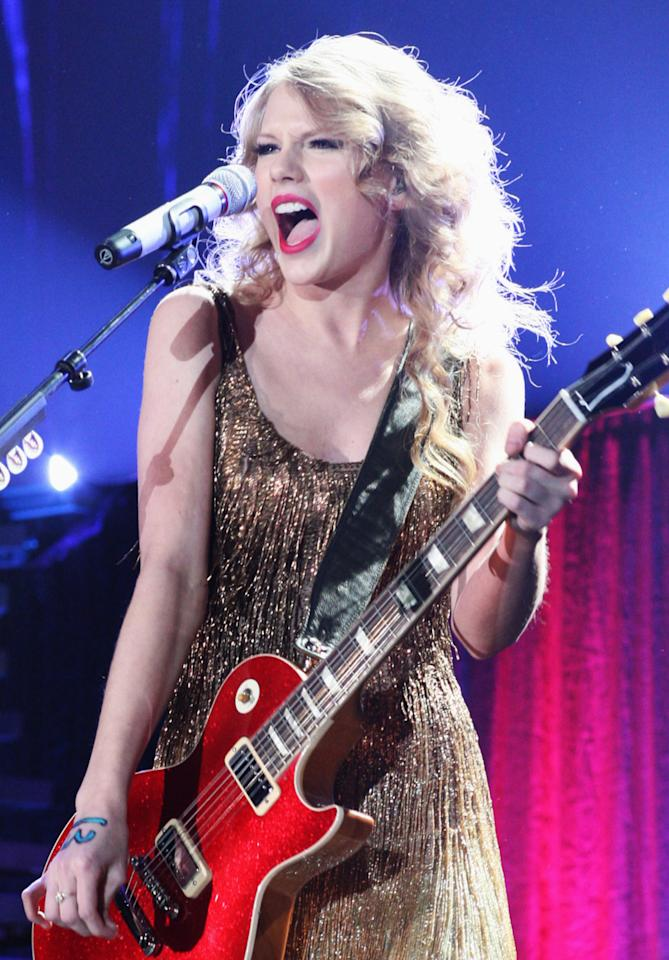 """<p>Country-pop princess Taylor Swift's music video for her single """"Teardrops on My Guitar"""" was nominated in 2008 but did not win her the Best New Artist title. That single alone went on to go double-platinum, and Swift has since won seven Grammy awards and sold more than 26 million albums worldwide.<br />(Photo: Getty Images) </p>"""