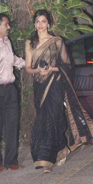 Deepika Padukone at Hrithik Roshan's birthday bash