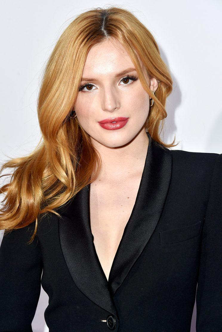 Actress Bella Thorne at the 41st Annual People's Choice Awards with her signature strawberry strands. (Photo: Frazer Harrison/Getty Images for The People's Choice Awards)