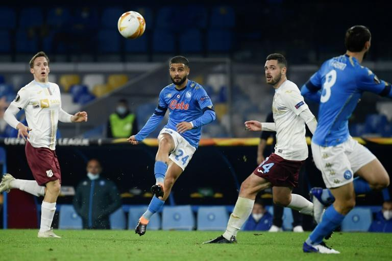 Lorenzo Insigne (C) scored one and set up another in Napoli's stroll at Crotone