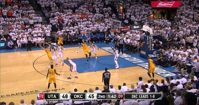 Russell Westbrook leaves Ricky Rubio alone at the 3-point arc in the second quarter of Game 2. (Screencap via NBA)