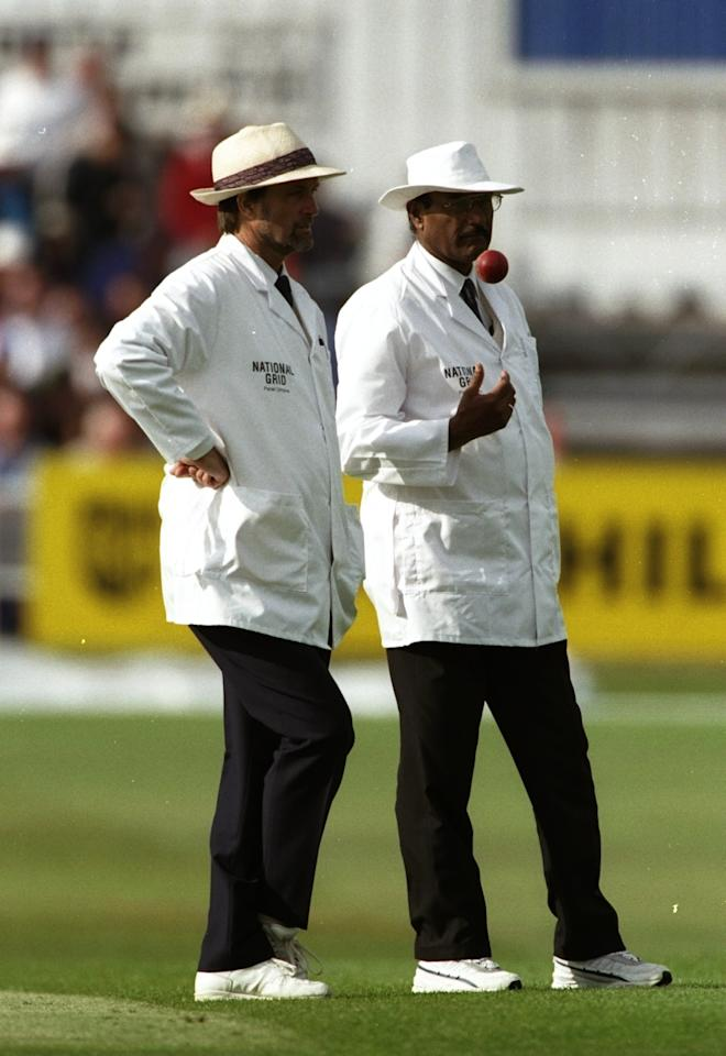 7 Aug 1998:  Umpires Peter Willey and Javed Akhtar during the 5th Test match between England and South Africa at Headingley in Leeds, England. England won the match to take the series. \ Mandatory Credit: Laurence Griffiths /Allsport