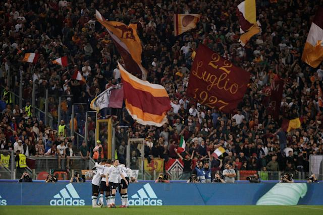 Soccer Football - Champions League Semi Final Second Leg - AS Roma v Liverpool - Stadio Olimpico, Rome, Italy - May 2, 2018 Liverpool's Sadio Mane celebrates scoring their first goal with teammates REUTERS/Max Rossi