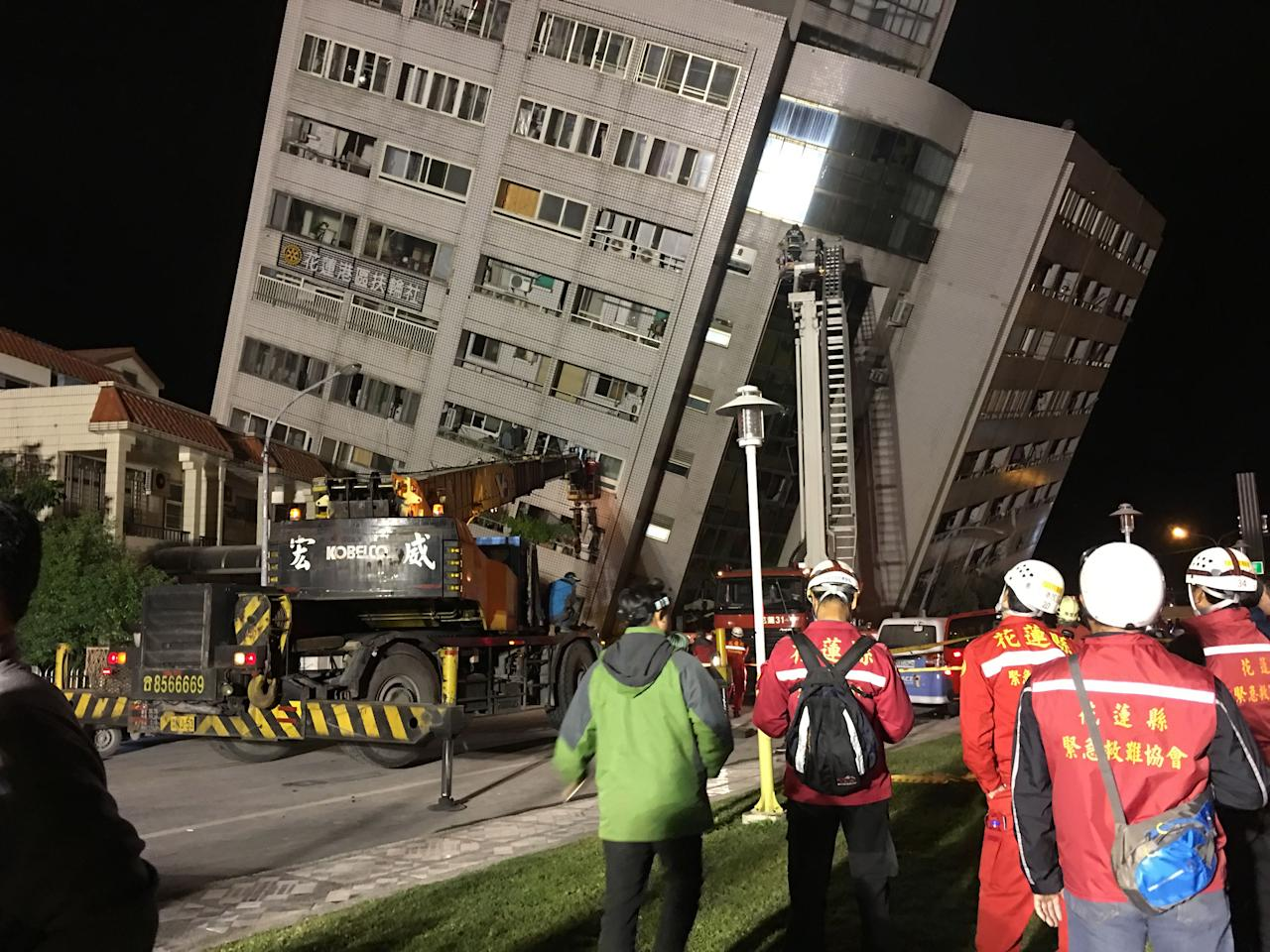 <p>A damaged building in Hualien, eastern Taiwan, after a magnitude 6 earthquake hit Hualien on the night of Feb. 6, 2018. (Photo: Shutterstock/EPA) </p>