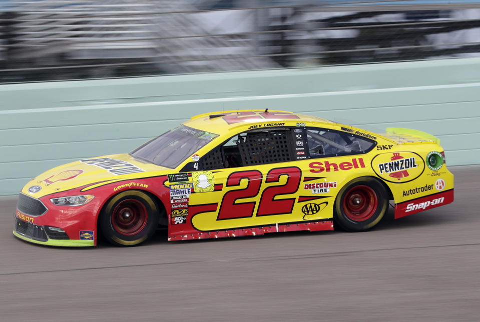 Joey Logano drives on during the NASCAR Cup Series championship auto race at Homestead-Miami Speedway, Sunday, Nov. 18, 2018, in Homestead, Fla. (AP Photo/Lynne Sladky)