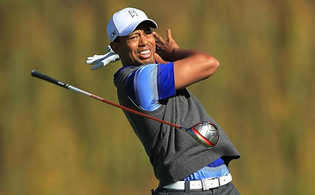 THOUSAND OAKS, CA - DECEMBER 02: Tiger Woods watches his tee shot on the fifth hole during the second round of the Chevron World Challenge at Sherwood Country Club on December 2, 2011 in Thousand Oaks, California. (Photo by Scott Halleran/Getty Images)