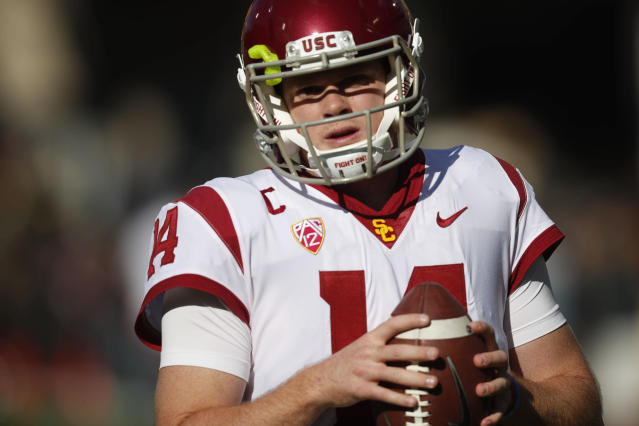 "If <a class=""link rapid-noclick-resp"" href=""/ncaaf/players/255254/"" data-ylk=""slk:Sam Darnold"">Sam Darnold</a> declares for the NFL, he'll be in contention to be the first QB selected in the 2018 draft. (AP)"