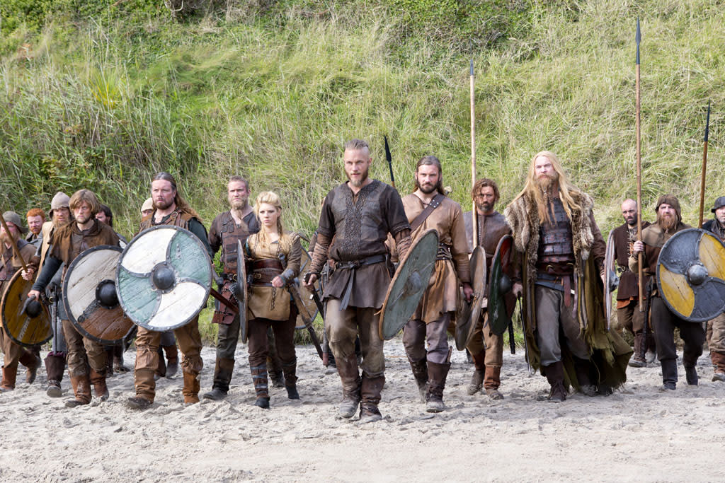 Ragnar (Travis Fimmel) leads his team of Vikings.