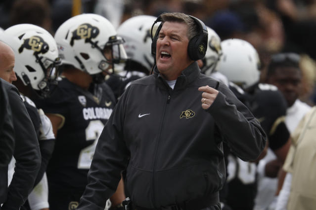 "<a class=""link rapid-noclick-resp"" href=""/ncaaf/teams/colorado/"" data-ylk=""slk:Colorado Buffaloes"">Colorado Buffaloes</a> head coach Mike MacIntyre took responsibility for a puzzling call late in the USC game. (AP Photo/David Zalubowski)"
