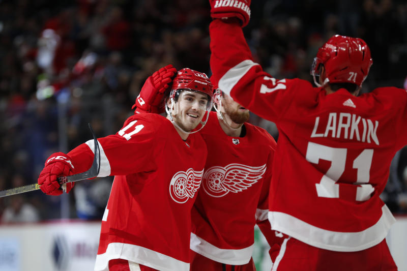 Red Wings snap 12-game losing streak