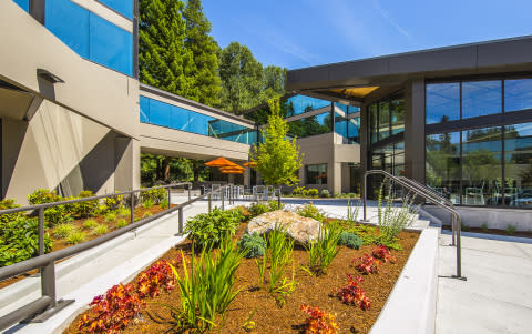 Swift Real Estate Partners Acquires Bellevue 520 Corridor from Schnitzer West and RMA
