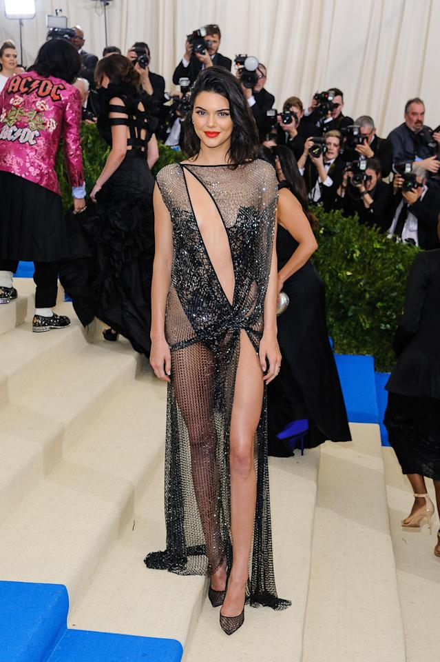 <p>Kendall Kenner in La Perla Couture. </p>