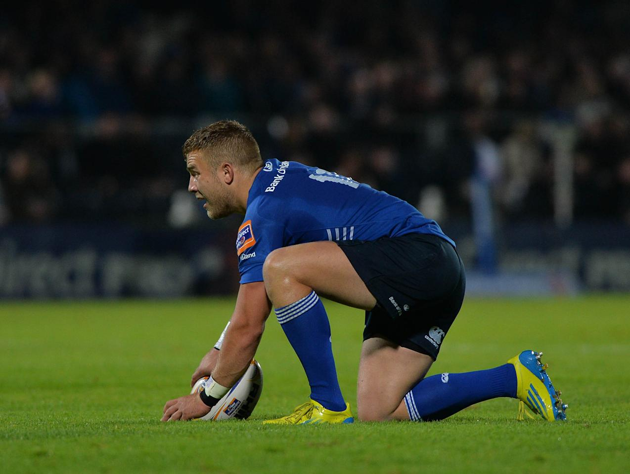 Leinster Rugby's Ian Madigan prepares for a penalty during the RaboDirect PRO12 match at the RDS Arena, Dublin, Ireland.