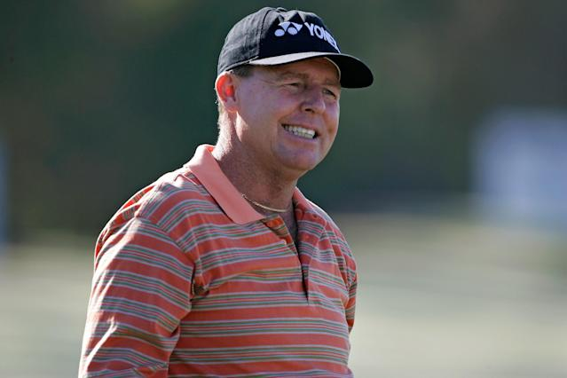 """<h1 class=""""title"""">PGA TOUR - 2006 Merrill Lynch Shootout - First Round</h1> <div class=""""caption""""> UNITED STATES - NOVEMBER 10: Scott Hoch during the first round of the Merrill Lynch Shootout at the Tiburon Golf Club in Naples, Florida on November 10, 2006. (Photo by Michael Cohen/Getty Images) </div> <cite class=""""credit"""">Michael Cohen</cite>"""
