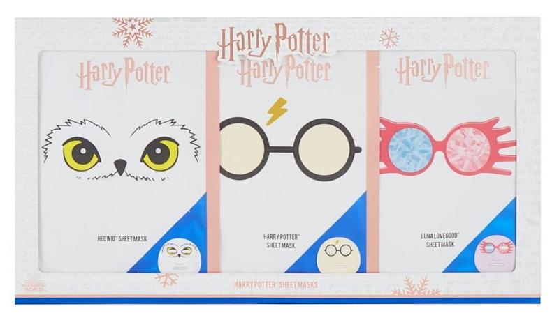 """<a href=""""https://fave.co/2Rk9p84"""">Harry Potter Sheet Masks x 3, Boots<strong>,</strong></a><strong> &pound;10</strong> (Photo: Huffington Post UK )"""