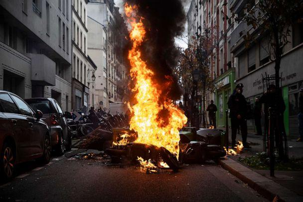 PHOTO: A fire is seen at the first anniversary of the yellow vest protest at the Place d'Italie in Paris. (Imago/ZUMAPRESS.com)