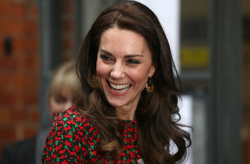 """Among products Kate's stylist turns to for her trademark locksare drugstore brandslike<a href=""""https://www.amazon.com/LOr%C3%A9al-Paris-Elnett-Hairspray-Packaging/dp/B001DJ2USM?tag=thehuffingtop-20&th=1"""" target=""""_blank"""">L'Oréal's $11 extra strong hairspray</a>and<a href=""""https://www.sephora.com/product/creme-with-silk-groom-P422254"""" target=""""_blank"""">Kiehl's $16 Creme With Silk Groom</a>."""