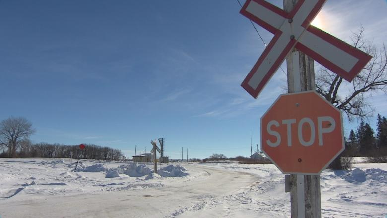 Number of asylum seekers crossing into Manitoba down again in August