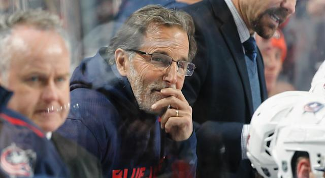 Columbus Blue Jackets bench boss  <span>John Tortorella</span> rocked the classic  <span>Bill Belichick-</span>hoodie style on Thursday and he looked damn cozy doing it. (Getty)