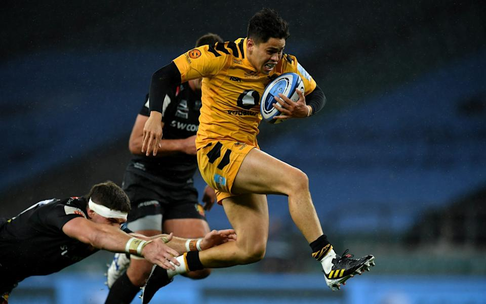 Jacob Umaga bursts through for Wasps' try  - GETTY IMAGES