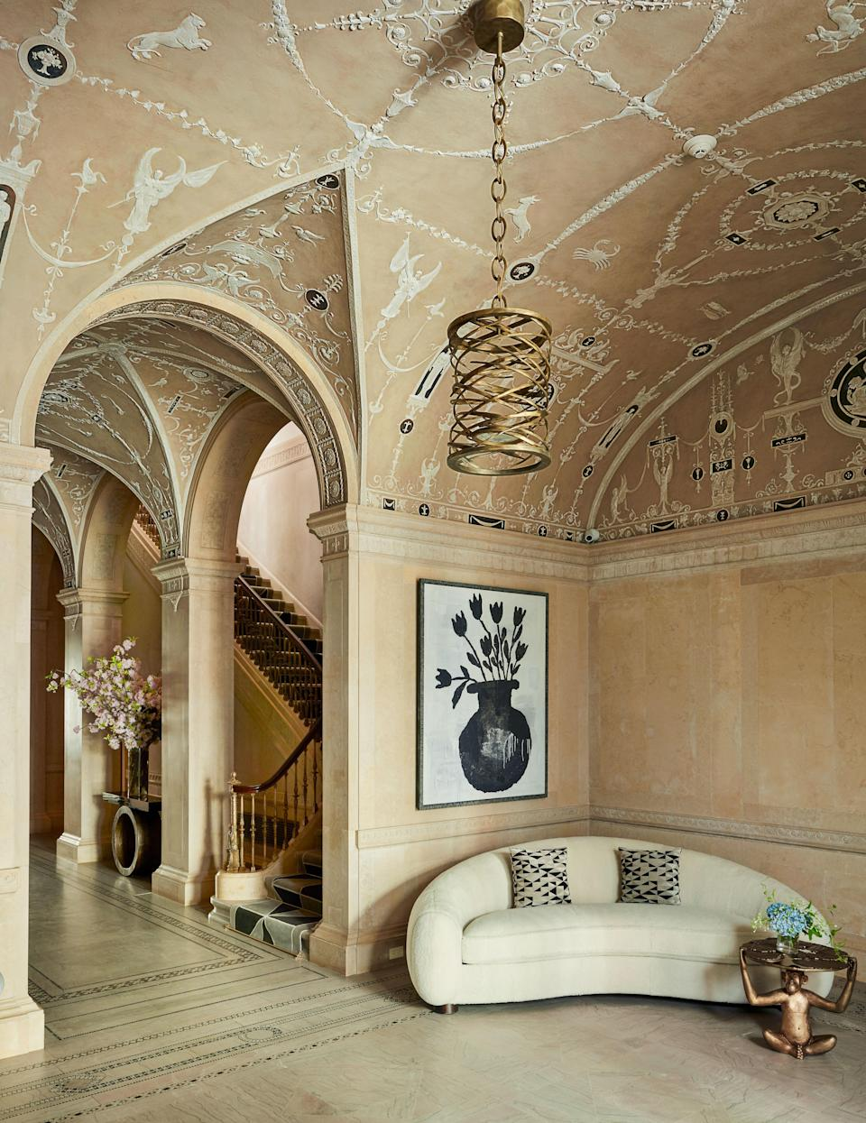 To create a welcoming home for her own family,Crown Princess Marie-Chantalof Greece calls on decorating legendFrançois Catrouxto breathe modern life into the grand 1913 Manhattan town house that her parents once called home.
