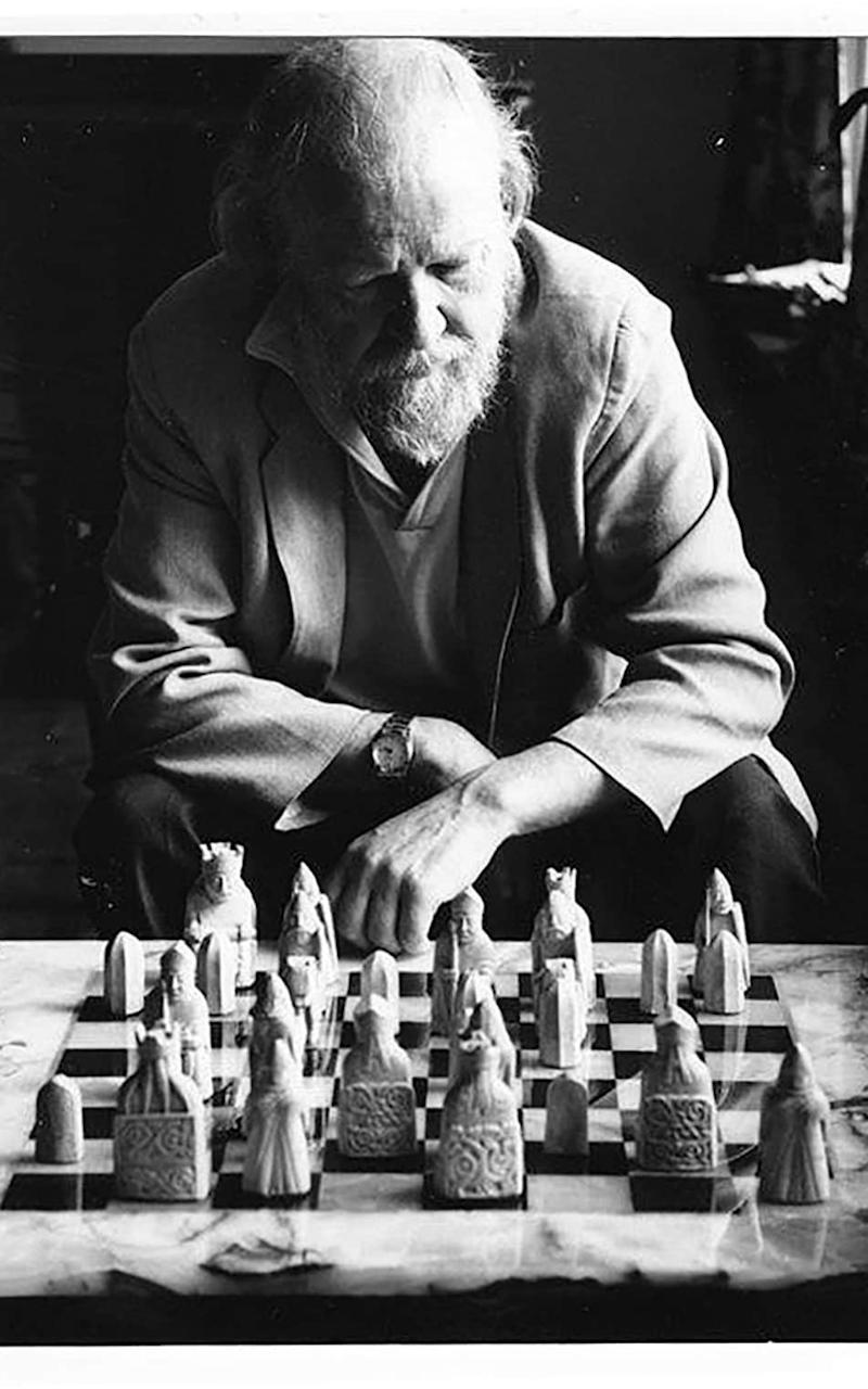 William Golding playing chess - Credit: Mark Gerson