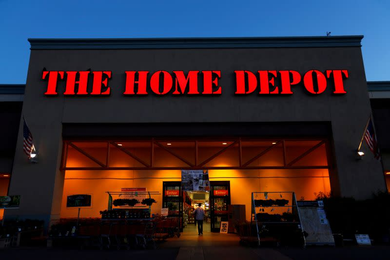 Housing market strength underpins Home Depot's holiday-quarter results