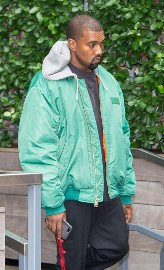 Kanye West Seen leaving his AirBNB in Tribeca, New York City on October 3, 2016 the morning after Kim Kardashian was robbed at gunpoint in Paris in Tribeca on October 3, 2016 in New York City. Pictured: Kanye West Ref: SPL1366947 031016 Picture by: TheStewartofNY/Splash News Splash News and Pictures Los Angeles:310-821-2666 New York:212-619-2666 London:870-934-2666 photodesk@splashnews.com