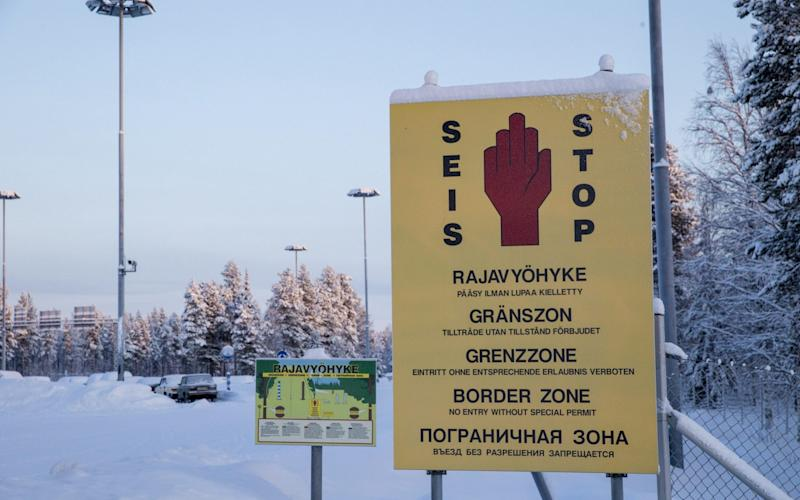 The man set up a bogus version of the real Finnish Russian border post, pictured here, to convince the migrants to pay himmore than 10,000 euros to smuggle them to Europe - Lehtikuva