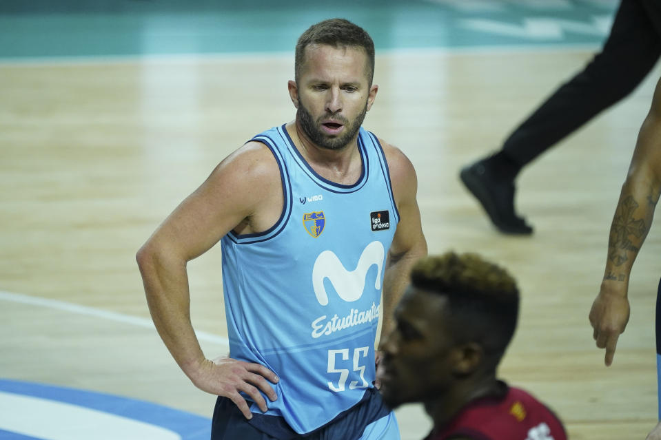 J. J. Barea of Movistar Estudiantes plays during the match between Luga ACB Endesa Movistar Estudiantes against Casademont Zaragoz that takes place at the Wizink center pavilion in Madrid. February 3, 2021 Spain  (Photo by Oscar Gonzalez/NurPhoto via Getty Images)